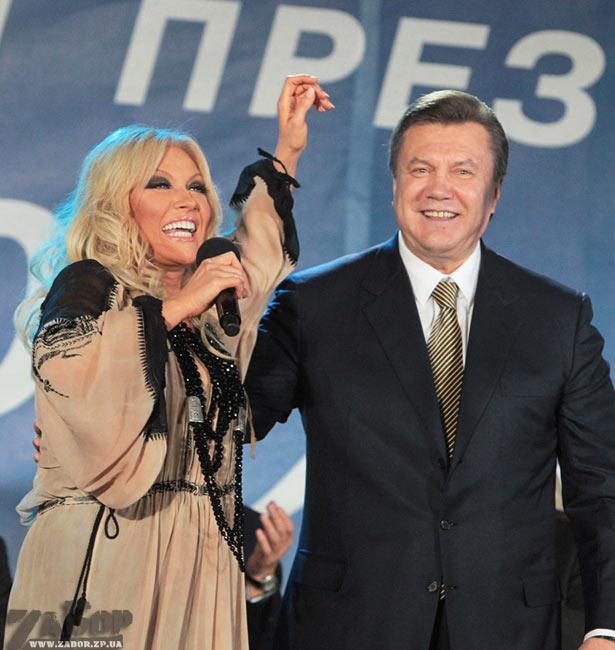 """Развлекать киевлян в День Независимости будут """"регионалка"""" Повалий, Верка Сердючка и Потап с Настей - Цензор.НЕТ 1119"""